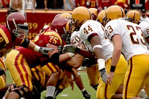 football_offense_defense-100681014-primary-idge